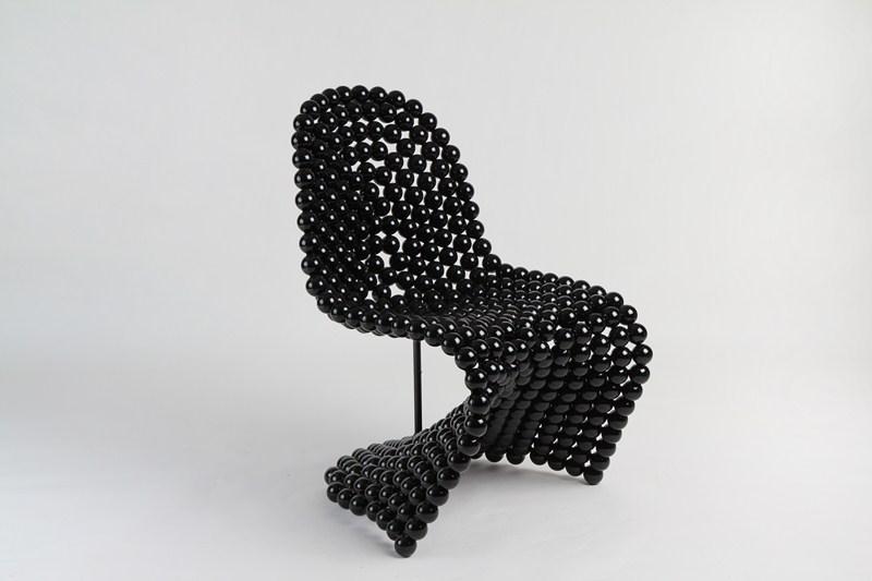 kugelsessel hergestellt aus 40mm stahlkugeln. Black Bedroom Furniture Sets. Home Design Ideas